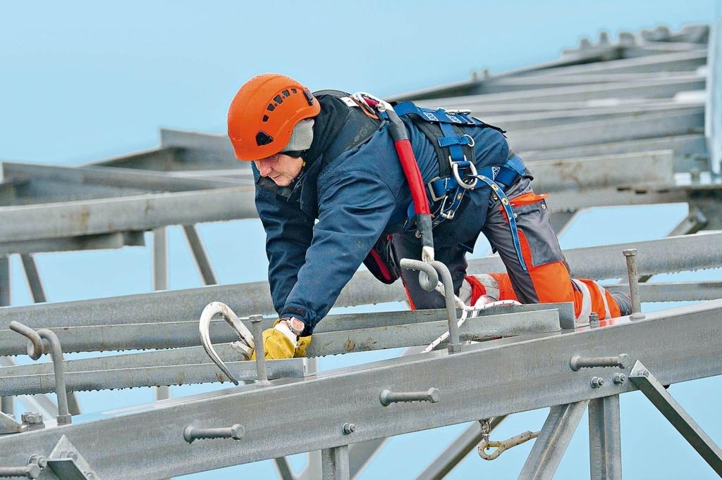 Охрана труда при работе на высоте с применением средств подмащивания